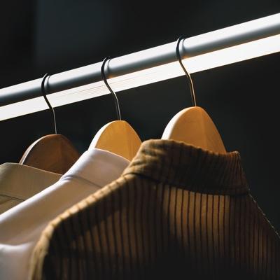 LED closet rod
